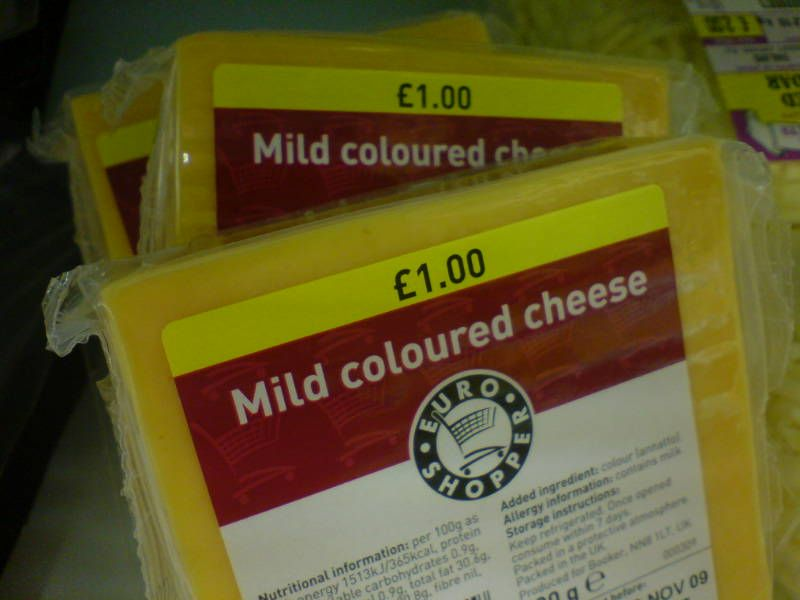 Mild coloured cheese